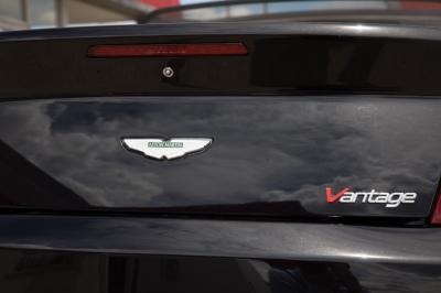 Used 2009 Aston Martin V8 Vantage Roadster Used 2009 Aston Martin V8 Vantage Roadster for sale Sold at Cauley Ferrari in West Bloomfield MI 27
