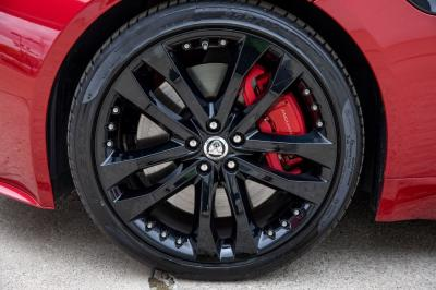 Used 2014 Jaguar F-TYPE V8 S Used 2014 Jaguar F-TYPE V8 S for sale Sold at Cauley Ferrari in West Bloomfield MI 18