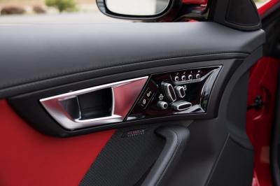 Used 2014 Jaguar F-TYPE V8 S Used 2014 Jaguar F-TYPE V8 S for sale Sold at Cauley Ferrari in West Bloomfield MI 31