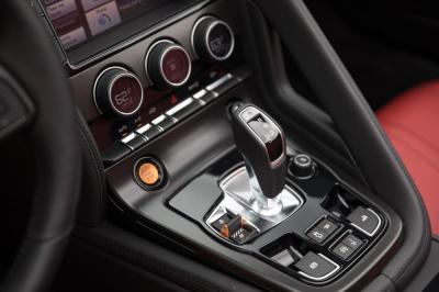 Used 2014 Jaguar F-TYPE V8 S Used 2014 Jaguar F-TYPE V8 S for sale Sold at Cauley Ferrari in West Bloomfield MI 47