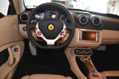 New 2014 Ferrari California New 2014 Ferrari California for sale Sold at Cauley Ferrari in West Bloomfield MI 17